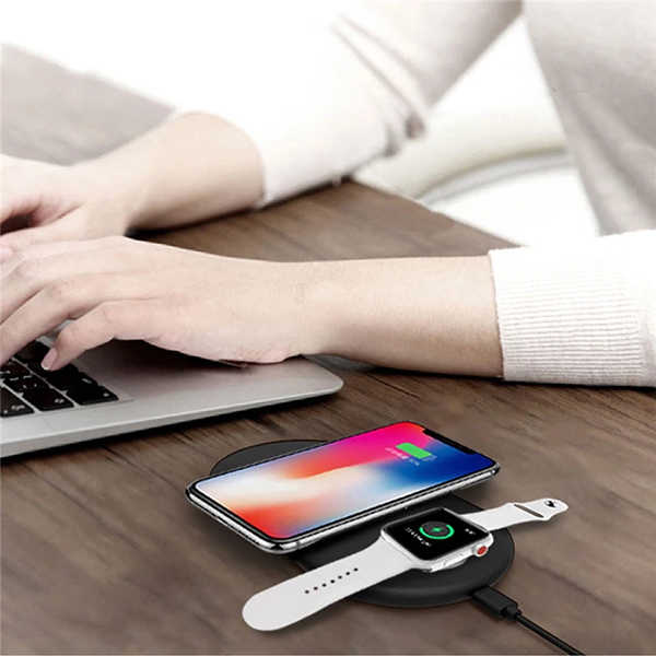 2in1 for Iwatch & iPhone wireless charging.jpeg